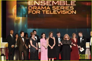 downton-abbey-joanne-froggatt-tom-cullen-sag-awards-2015-11