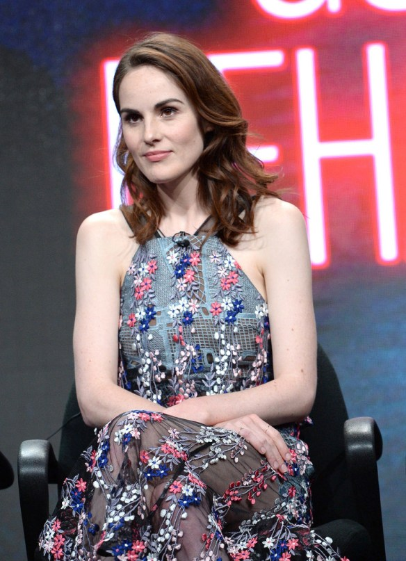 michelle-dockery-tca-turner-summer-press-tour-2016-presentation-fashion-self-portrait-tom-lorenzo-site-1